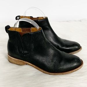 Kork-Ease | Black Leather Ankle Booties 6M